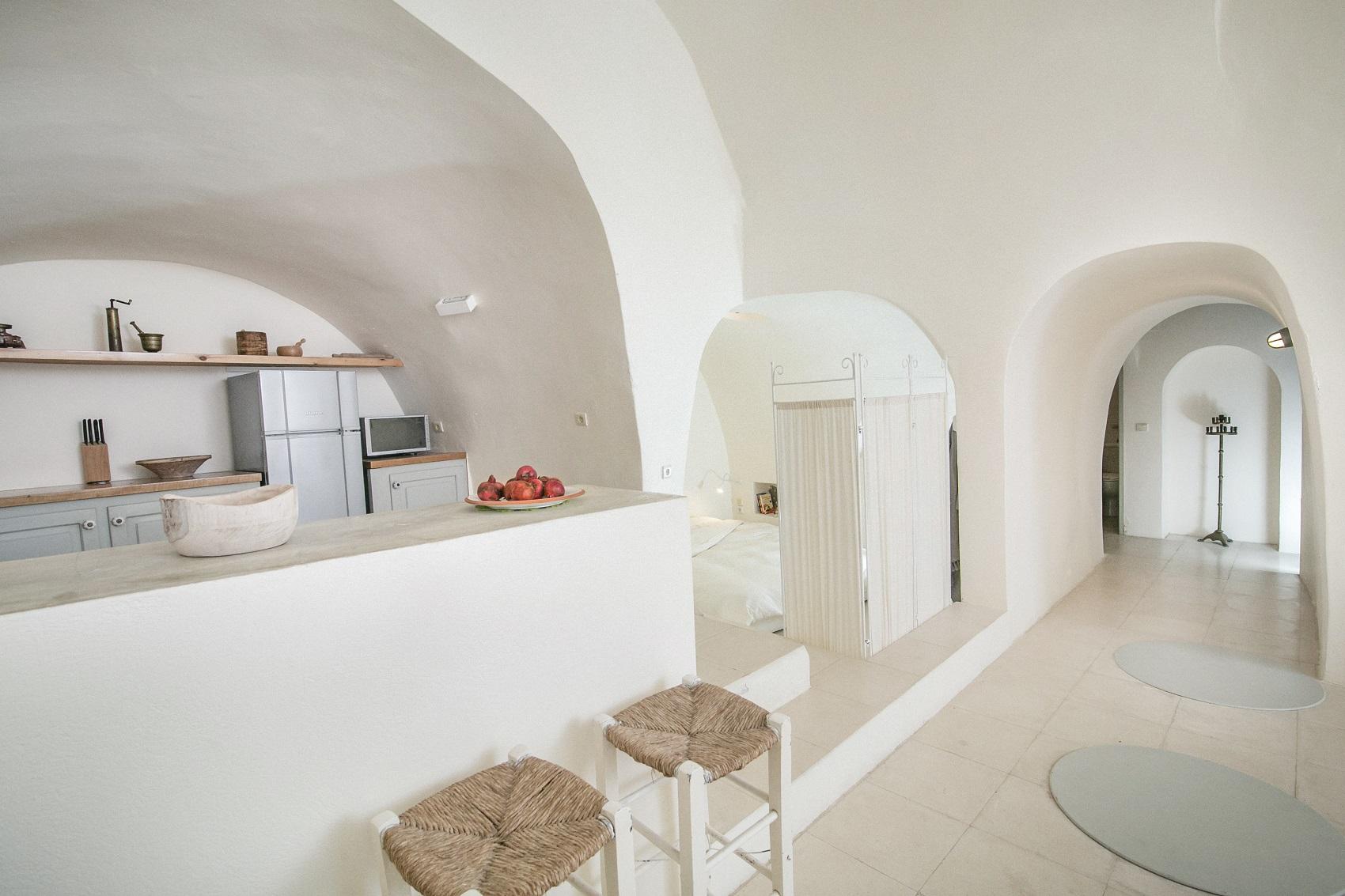 santorini accommodation